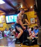 Stripper y boy - foto