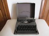 maquina escribir hermes baby, año 1.930. - foto