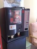 MAQUINA AUTOMATICA DE CAFE - VENDING - foto