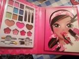 Cuaderno para pintar con maquillajes y p - foto