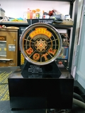 maquina recreativa bote monedas - foto
