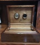 Caja humidor de puros - foto