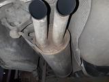 Tubo de escape Volkswagen Passat - foto