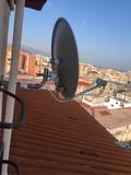 Orientar antena parabólica satélite - foto