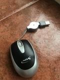 Ratón para portátil con cable retráctil - foto