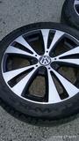llantas de Volkswagen Passat 235/45/17 - foto