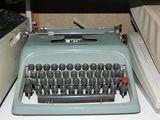 Máquina de escribir. - foto