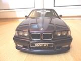 BMW M3 E36 4 PUERTAS 1:18 - foto