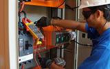 Electricistas profesionales y boletines - foto