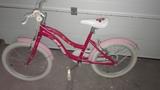 bicicleta infantil - foto