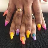Hago uñas acrilicasY de gel - foto