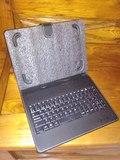 Funda universal con teclado para tablet - foto