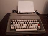 Olivetti Lettera 35 y Olivetti CT606 - foto