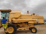 COSECHADORA NEW HOLLAND AVERDA CLAYSON - foto