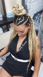 Trenzas africanas y extensiones de pelo - foto