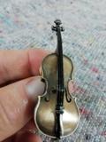 Pins cello future primitive - foto