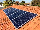 Placa solar fotovoltaica autoconsumo - foto
