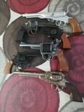 pistolas fulminantes - foto