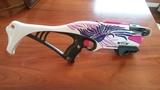 Pistola Nerf chica. - foto