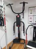 complementos y máquinas de gimnasio - foto
