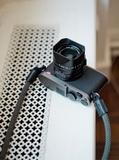 Leica Q Titanium Gris - foto
