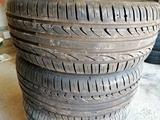 vendo neumáticos usados - foto