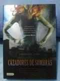 CAZADORES DE SOMBRAS (NUEVO) - foto