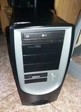Pentium 4 a 3.0Ghz, 2Gb Ram,1000Gb,Win10 - foto