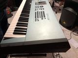 se vende teclado Yamaha motiff sx8 - foto