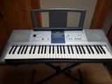 Teclado Piano  YAMAHA PSR-E 323. - foto