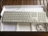 Teclado Magic Keyboard Apple completo - foto