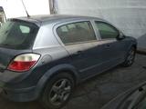 Despiece Opel Astra 1.9cdti 2006 - foto