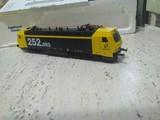 Vendo locomotoras y vagones ho de renfe - foto
