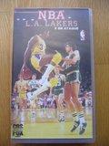 NBA L.A. LAKERS 5 en ataque - foto