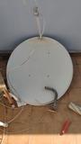 Parabólica 80cm con soporte - foto