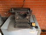 Máquina de escribir Olivetti M40 - foto
