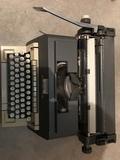 MÁquina de escribir olivetti lÍnea 98 - foto