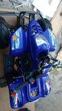 MINIQUAD 125CC CON MARCHA ATRAS - foto