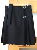 falda uniforme azul marino - foto
