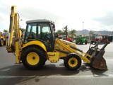 MIXTA NEW HOLLAND LB 110 B - foto