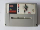 Cartucho de juego super nintendo fifa 97 - foto