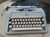 2 maquinas de escribir olivetti y amaya - foto