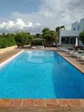 Piscinas Mantenimiento y Limpieza Ibiza - foto