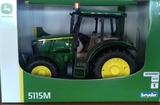 Tractor de juguete john deere 5115m - foto
