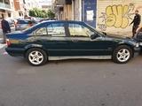 BMW - SERIE 3 - foto