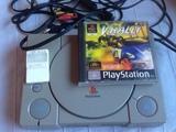 se vende PlayStation con un juego - foto