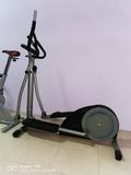 bicicleta elíptica - foto