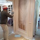 :.lacado de puertas y muebles - foto