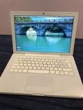 "Macbook 13"" blanco - foto"