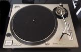 Technics SL1200 MK2 - foto